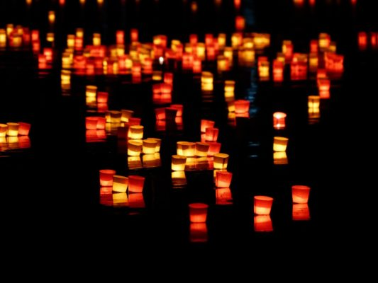 candles-168011_1920